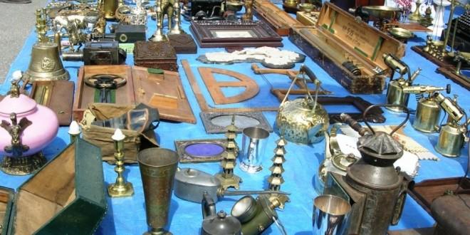 Mercadillos de antig edades en murcia for Anticuarios madrid muebles