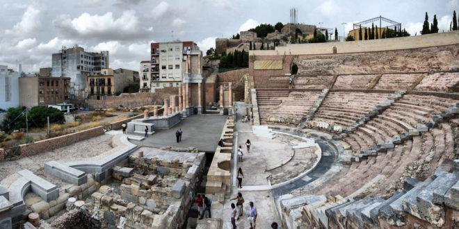 """Realizarán ruta por los """"Templos y teatro"""""""