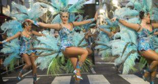 Vive el regreso del Carnaval de verano a Águilas