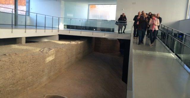 Disfruta del Museo del Enclave de la Muralla -MUDEM